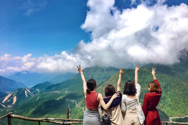 Tour Du lịch: Sapa - Bản Cát - Fansipan - Tiêu chuẩn từ 2-4 Sao