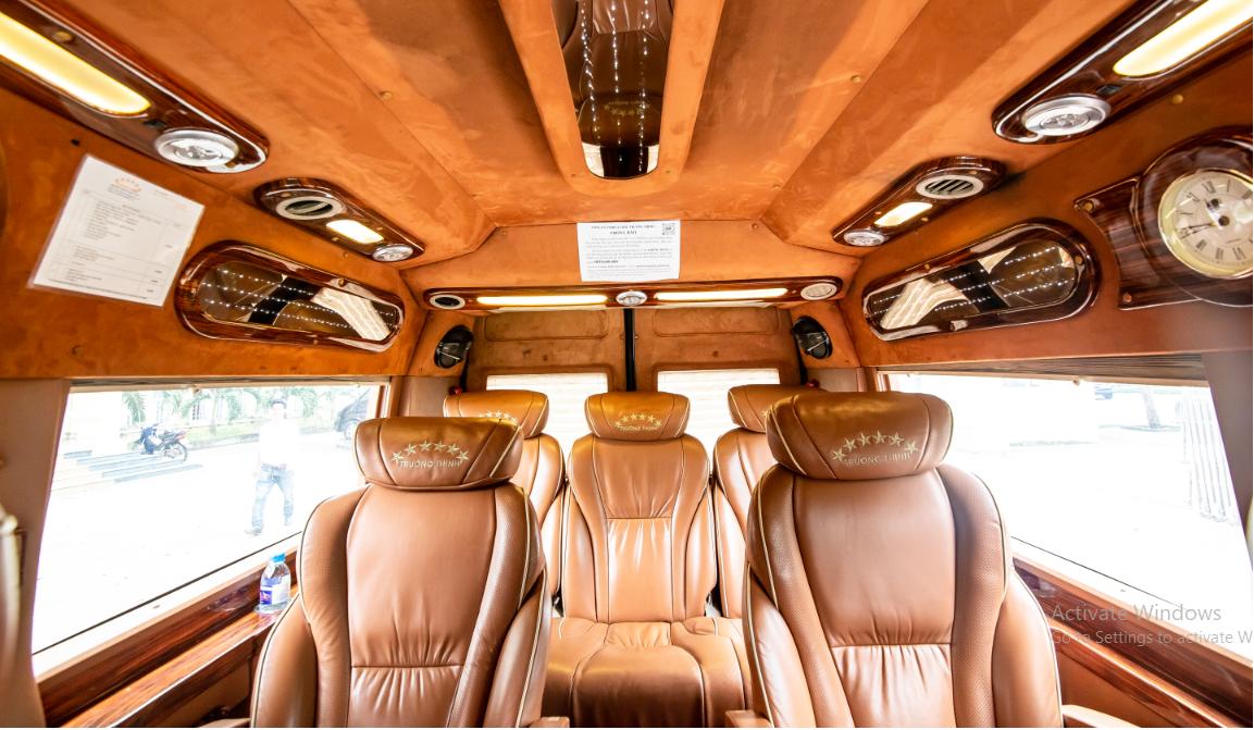 Thuê xe Limousine du lịch tại Biên Hòa
